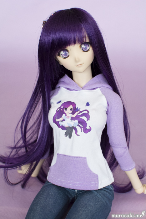 Murasaki-chan hoodie (art by Kenneos)